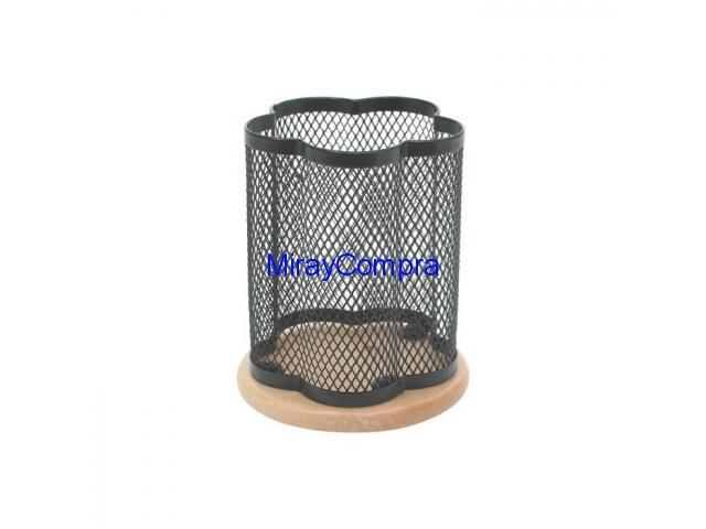 Cubilete metal base de madera