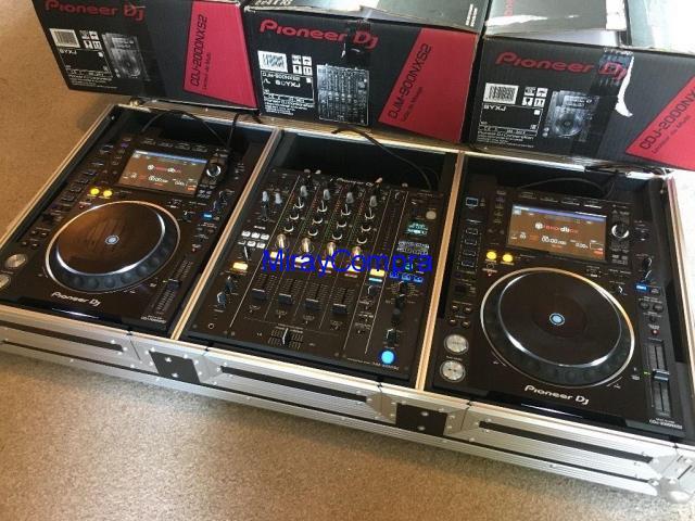 2x Pioneer CDJ-2000NXS2 & Pioneer DJM-900NXS2 Mixer Full Set €2199